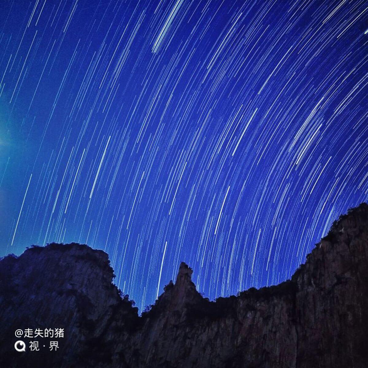 努比亚的星空,神雕峰下